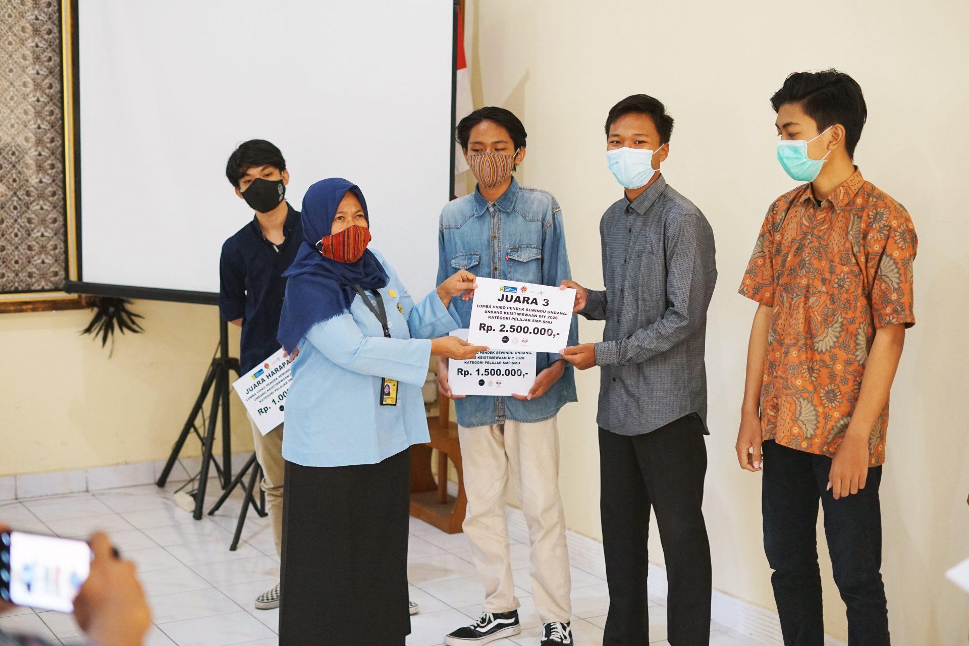 Raih Kejuraan Videografi, Nizar Falah si Cabe Rawit Berprestasi